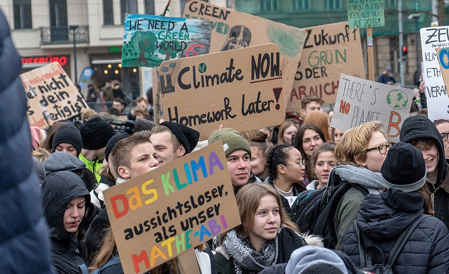 Youth revolt against climate catastrophe. Endorse a People's Party
